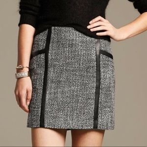 Banana Republic Gray & Black Tweed Skirt